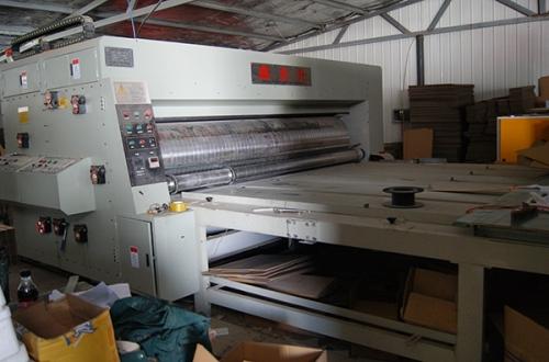 纸箱高速生产线
